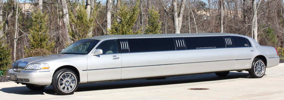 Limo ride to the bars during spring break part 1